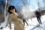 Hetalia:A snowball fight by azuooooo
