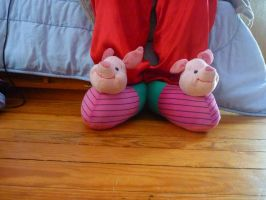 Piglet slippers by ExileLink