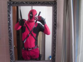 DEADPOOL SELFIES YEAH I'M AWESOME!!! (NO TAGS) by Darth-Slayer