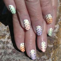 20150328 - Gold Polkadots on Matte Pastel Gradient by m-everhamnails