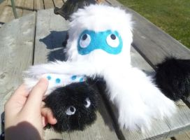 Yeti Squid by PastYourPorchlight