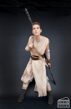 Rey cosplay  star wars02 by Dewbunch