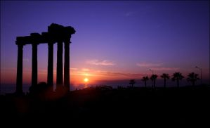 Side 4 the Temple by thespis1