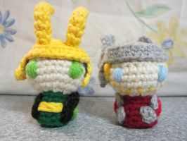 Itty Bitty Thor and Loki by CrochetHyperbole