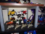Transformers Shelf - Under Mini Display by DraconicArmagon
