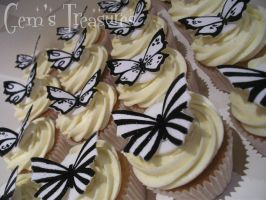 Black and White Glitterflys by gertygetsgangster
