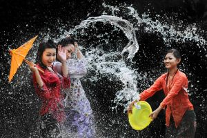 Splashing Fun - 49 by SAMLIM