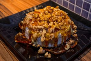 Cheesy, sugary, nutty goodness by attomanen