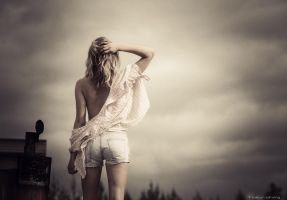 Wanting by Elfvingphotography
