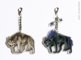 Keychains with wolfs by Dragarta