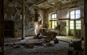 Decay to the Max,... by DimitriKING