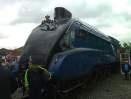LNER A4 Pacific 4468 Mallard by YanamationPictures