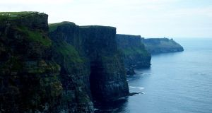 Cliffs of Moher by dusthimself