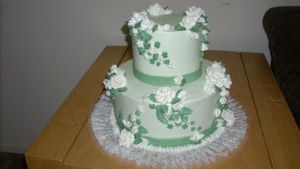 Spring Green Wedding Cake by xXx--Kawaii--xXx