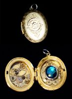 Steampunk Locket by randomcharlie
