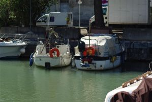 Boats 8 Beaucaire. France by jennystokes