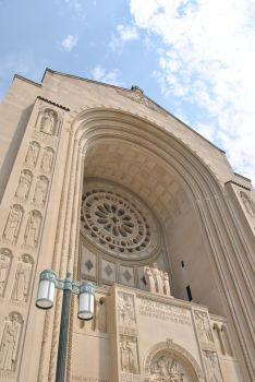 Basilica of the National Shrine of the Immaculate by incredifan