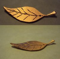 Leaf Pendant - Copper by ThisUsernameFails