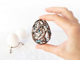 Wire Easter egg by UrsulaOT