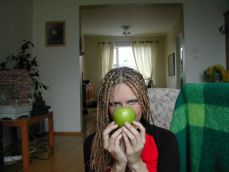t7apple by dolphinette