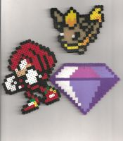 Perler bead Knuckles, Flareon, Chaos Emerald by WispTheKitty