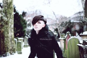Lilly and the Pere Lachaise by jj89
