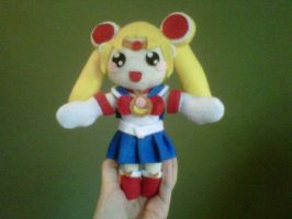 Sailor moon plushie by Mokulen22