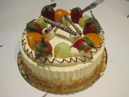 Fruit Cream Cake by xxLiLLiE
