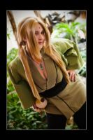 Tsunade - Bejeweled by Kuragiman