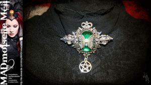 Witch Absinthia Brooch by MADmoiselleMeli