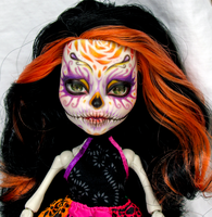Scaris Skelita - Sugar Skull by Sekerys