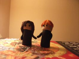 Hermione + Ron. fimo by pigwigeon