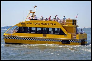 Water Taxi by Lesjordans