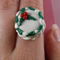 Holly Berry Cake Ring by FatallyFeminine