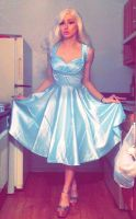 Stepford Bimbo Housewife by josiejealousy