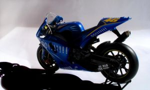 Yamaha YZR-M1 Valeninto Rossi by Valentinos-46