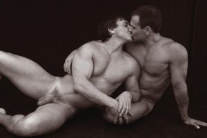 Kiss by GlennMichaelImages