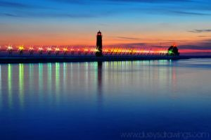 Grand Haven Lighthouse by golfiscool