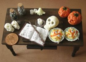 Halloween 2009 in Miniature by PetitPlat