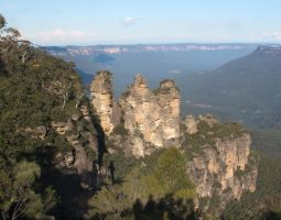 A Rock Formation:Three Sisters by Darth-Sparrowhawk