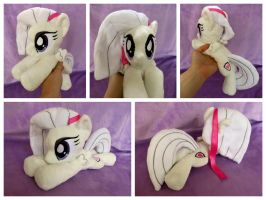 Magnolia Mane Beanie (OC) by equinepalette