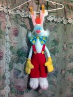 Who hung Roger Rabbit by roger-rabbit