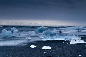 Jokulsarlon Beach 2 by cwaddell