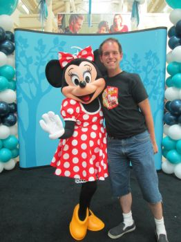 Me and Minnie Mouse at the Burlington Mall by tpirman1982