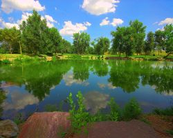 Fountain Creek Pond by greenunderground