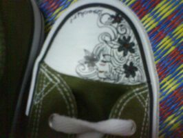 Art on a converse by Baronly