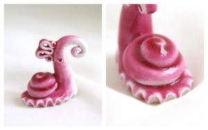 Pink Snail by vavaleff