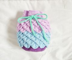 Crocheted Kinchaku Drawstring Bag by OkashiBurochi