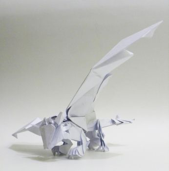 Origami Toothless by twistedndistorted