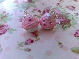Pink cream cupcake earrings by PinkCakes